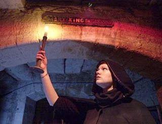 Lady Deathpoet: Mary King's Close, el lado oculto de Edimburgo