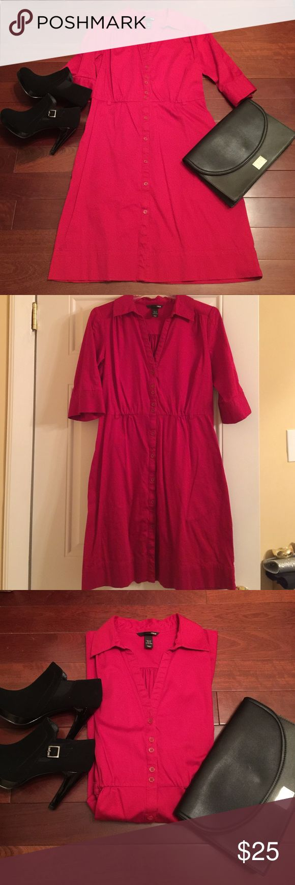 NWOT H&M Hot Red Dress! This deep red dress will pop whether you wear it to the office, a dinner date, or on the weekend! Half sleeves. Collar. Buttons down the front/center. Relaxed fit. Cinched waist. Has loops for a thin belt to give shape. It's new, never been worn, but without tags. In excellent condition. Great with heels, flats, booties, or boots! Multi use! H&M Dresses Long Sleeve