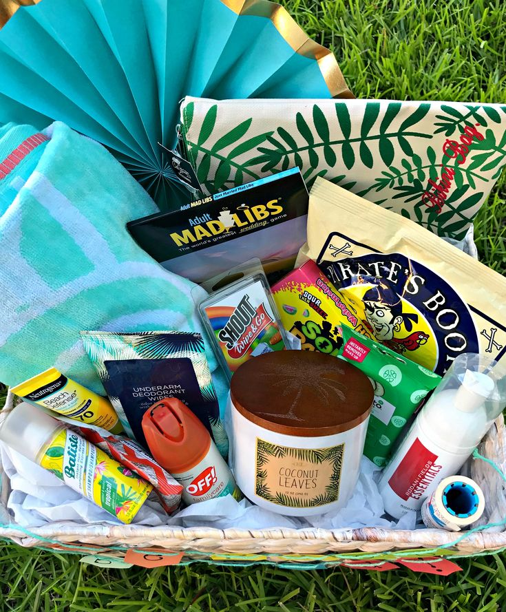 honeymoon gift basket