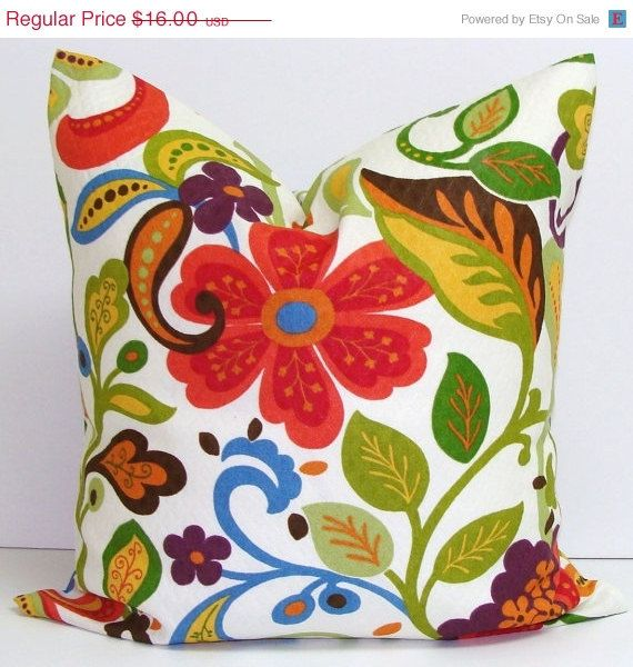 SALE FLORAL PILLOW.16x16 Inch.Decorative Pillow By ElemenOPillows