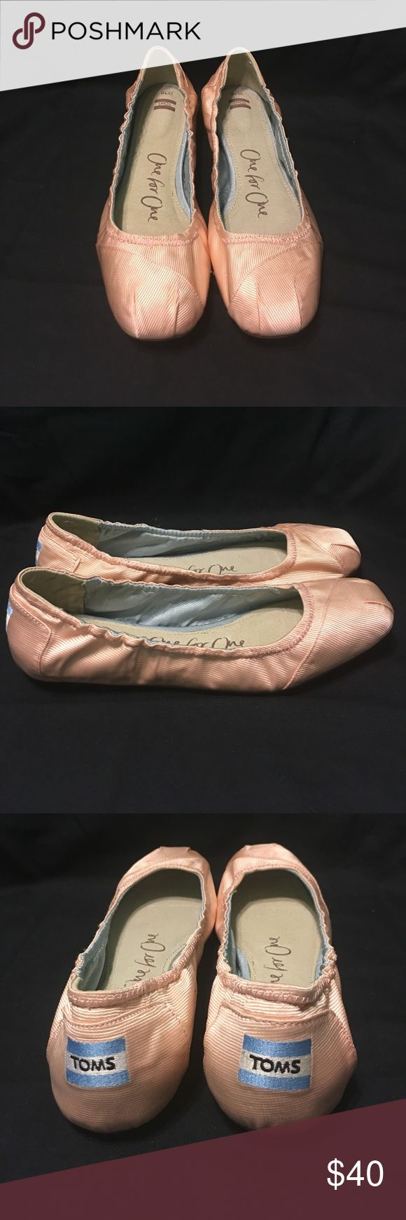 🌸NEVER WORN🌸 TOMS Ballet Flats Super comfortable TOMS ballet flats in a pale pink. Toms Shoes Flats & Loafers