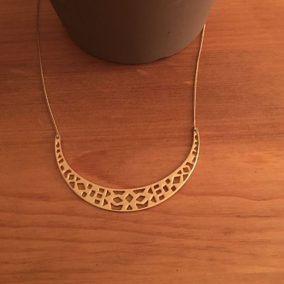 Stella and Dot Necklace Gold necklace with patterns Stella & Dot Jewelry Necklaces