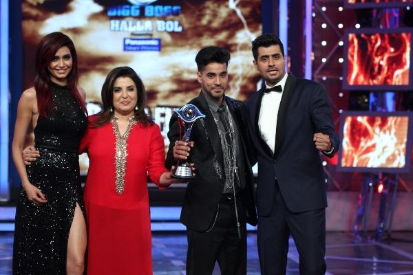 bigg boss 8 winner Gautam Gulati won the trophy.. Karishma tanna & Pritam singh along with Gautam - in KEN FERNS