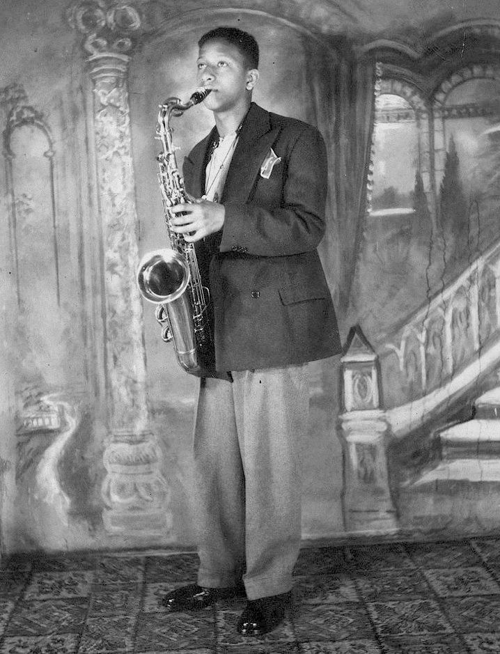 Sonny Rollins began his musical studies on piano, studied alto saxophone from about the age of 11, and then took up the tenor saxophone in 1946. In high school he led a group with Jackie McLean, Kenny Drew, and Art Taylor.