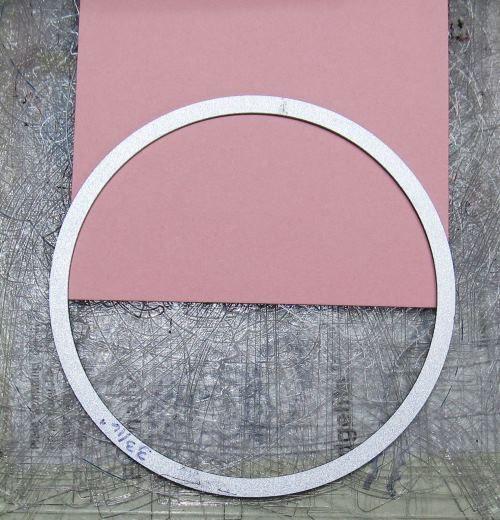 Crea tus propios adornos navideños de papel con forma de moño - Dale Detalles