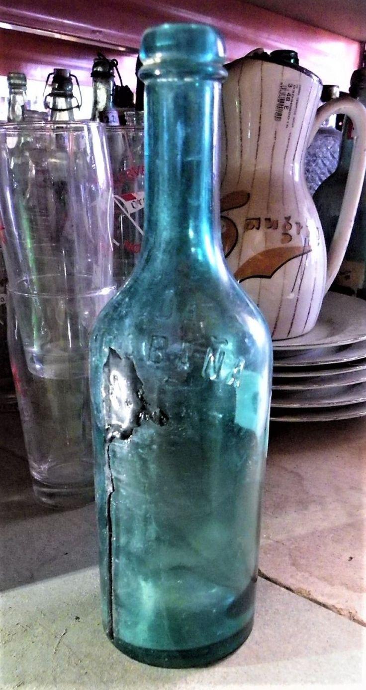 Botellas antiguas de agua, de color azulado, de la marca carabaña. ---- Realizamos envíos ---- Comparte en tu red social ---- P.V.P 2,50€/Ud