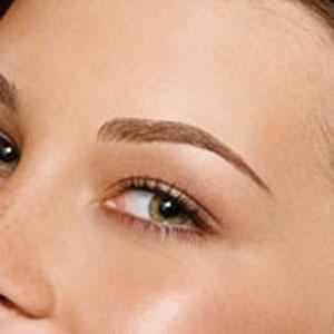 Eyebrow Implants - Overplucked Eyebrow Fix - Cosmopolitan