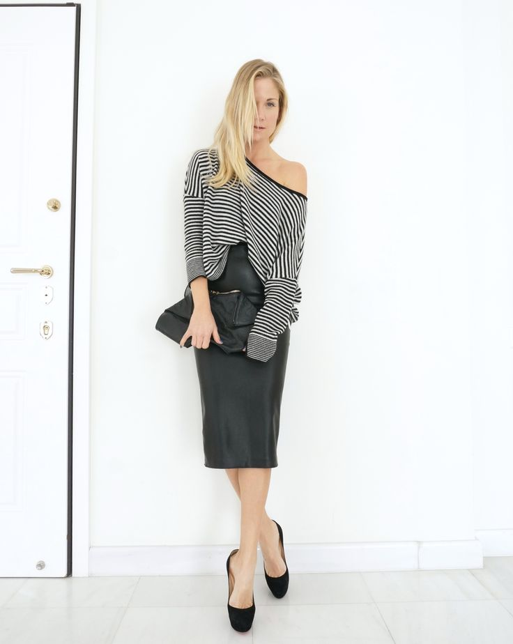 #fashion #fashionaccount #louboutine #alexandermcqueen #streetlook #streetstyle