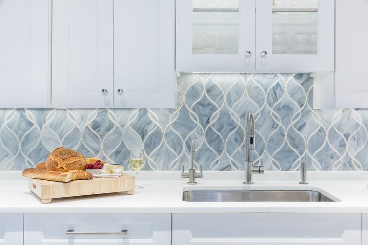 1000 Ideas About Grey Backsplash On Pinterest Backsplash Tile Kitchen Backsplash And Granite