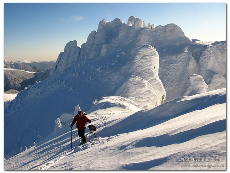 Bucegi Mountains ski