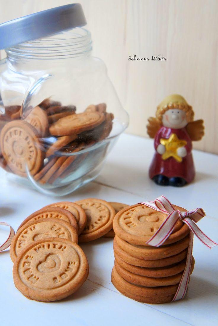 Delicious Titbits: Ciasteczka miodowo-korzenne