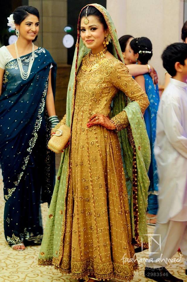 Valima? Pakistani Bridal------ top half off shoulder sleeveless, sodt flowin bottom #MuslimWedding, www.PerfectMuslimWedding.com