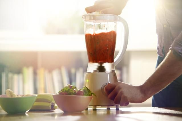 9 Common Juice Fasting Questions Answered