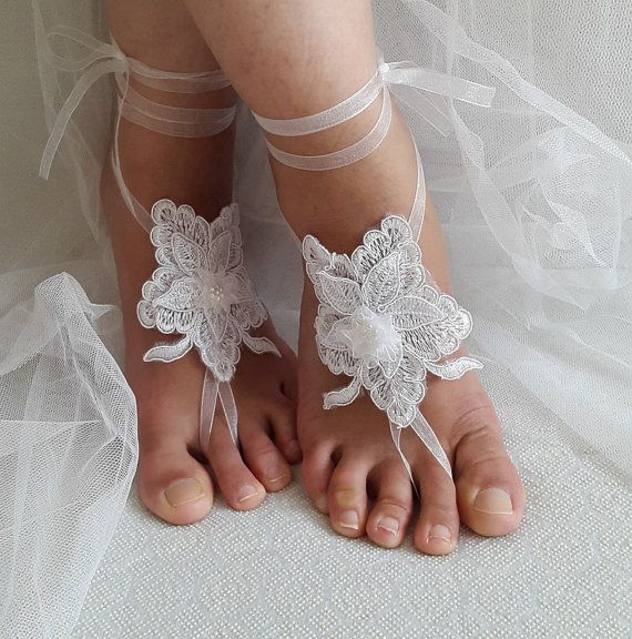 Hey, I found this really awesome Etsy listing at https://www.etsy.com/listing/456844382/bridal-accessories-white-lace-wedding