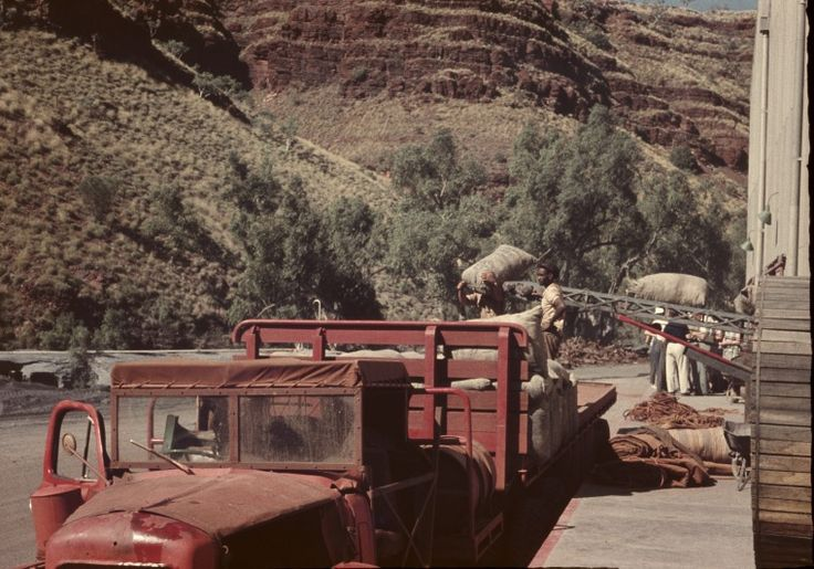 142950PD: Loading bagged asbestos at Wittenoom, May 1961 http://encore.slwa.wa.gov.au/iii/encore/record/C__Rb3988252?lang=eng