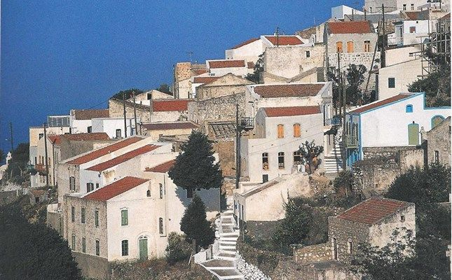 Τα Νικιά, γραφικό ορεινό χωριό της Νισύρου #Greece #travel http://diakopes.in.gr/trip-ideas/article/?aid=210358