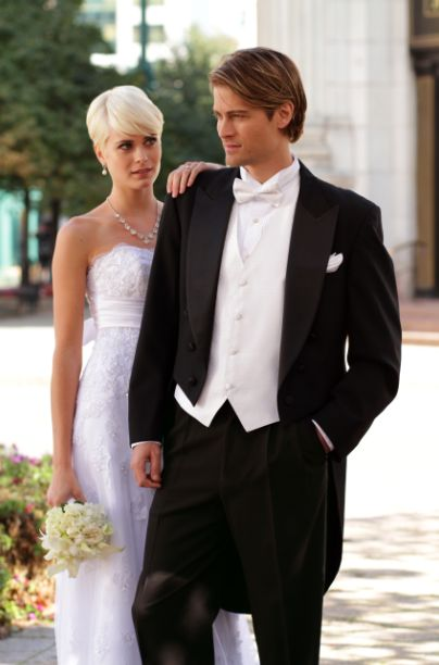 For an affair as elegant as your wedding, a tuxedo is certainly a grand choice! Stop by today to begin creating your ensemble: http://tuxedojunction.com/location/tuxedo-rental-woodlandhills.html  #tuxedojunction #wedding #tuxedorental #losangelestuxedo #losangeleswedding