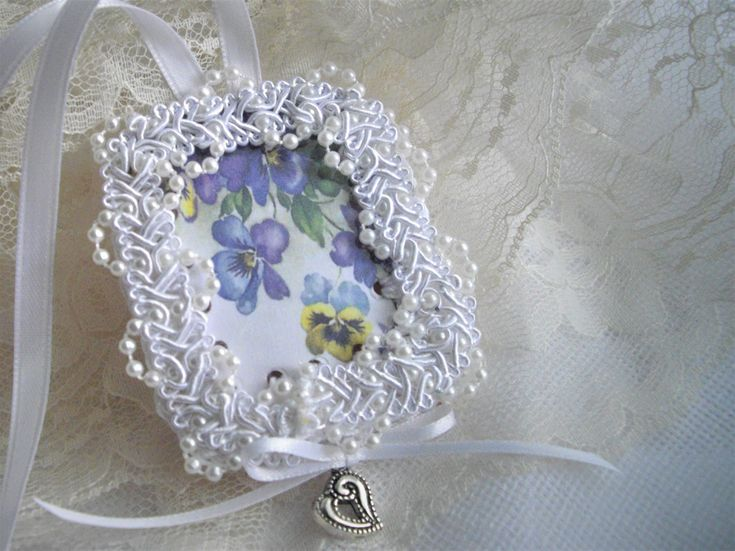 Photo Holder Remembering A Loved One For Bridal Bouquet As Seen At Martha Stewart Wedding Party by handcraftusa