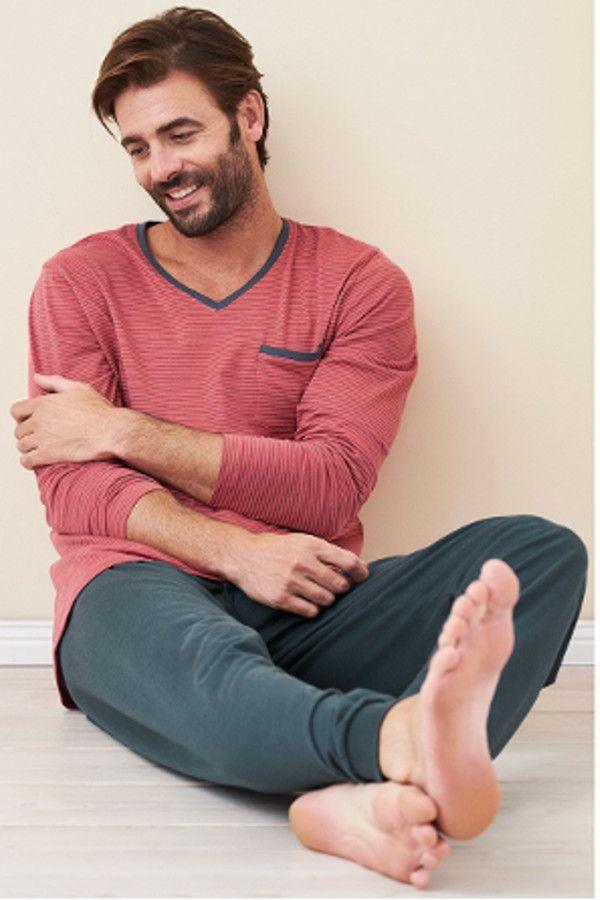 4fb85e673b09b Herren Pyjama von Living Crafts aus 100% Bio-Baumwolle (kbA). Softe