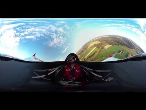 """Das Münchener _wige Visual Lab hat gemeinsam mit dem Masterclass Piloten und aktuell Gesamtführenden Matthias Dolderer, auf dem heimischen Flugplatz Tannheim, ein erstes  360° Video im originalen Red Bull Air Race Flieger """"Edge 540 V3"""" produziert. Bei einer Geschwindigkeit von 200 Knoten und 10G wurde _unsere Spezial-Technik an ihre Grenzen gebracht. Zusätzlich erwarten Euch weitere spannende 360°-Produktionen rund um die #VLN und das #24hRennen. Stay tuned…. #wigemacht…"""