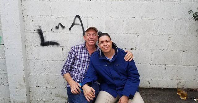 Ese es mi padre llevamos el mismo nombre. Un privilegio tenerlo en salud. #Constanza