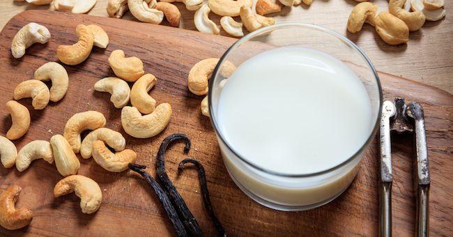 Latte di anacardi: proprietà e benefici