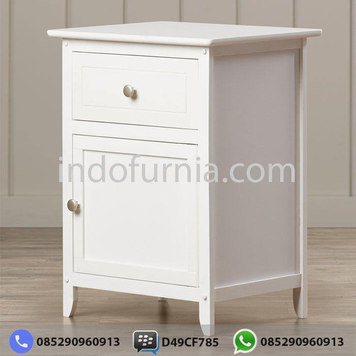 Jual Nakas Minimalis Putih NK-02  Kami dari Perusahaan Indofurnia memberikan penawaran untuk Anda mengenai desain Nakas Minimalis dengan Berbagai Model Modern dan harga yang sangat terjangkau tentunya sangat cocok untuk kamar Anda.