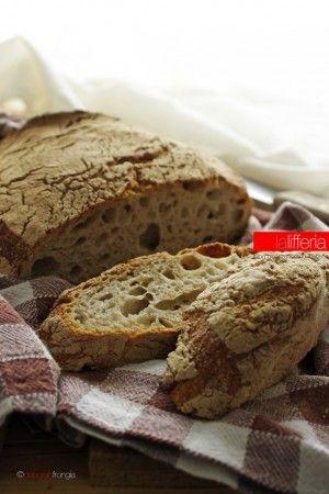 Pane di segale senza impasto