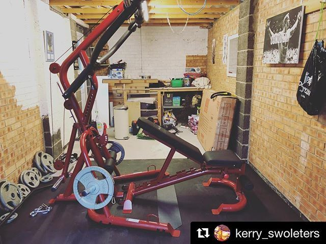 Check out this awesome garage gym installation of our glgs1000