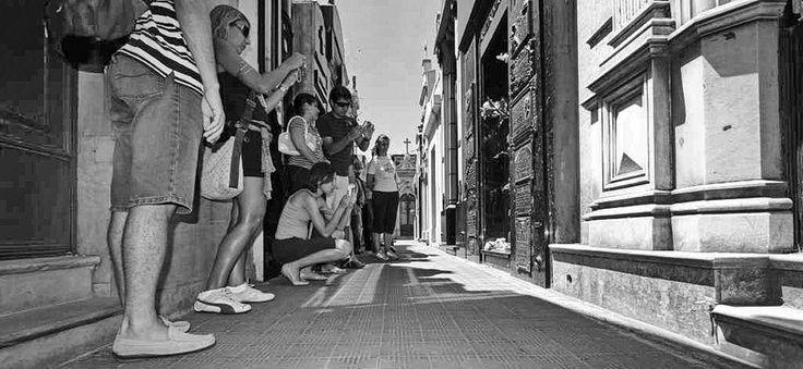 alteroad com argentina buenos aires evita's tomb by Alteroad Giorgio Emmanouilidis on 500px