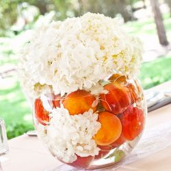 A fresh fruit peach wedding theme not only looks gorgeous but smells sensational too!