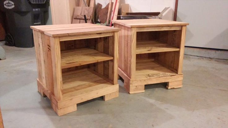 best 25 pallet night stands ideas only on pinterest diy. Black Bedroom Furniture Sets. Home Design Ideas