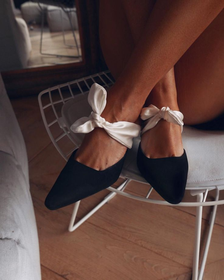 69e440aab195 110 best Chaussures images on Pinterest