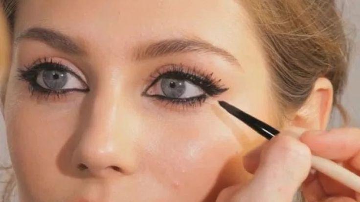 Make-up kann für Frauen gemacht werden, die im Vordergrund stehen wollen …   – makyaj