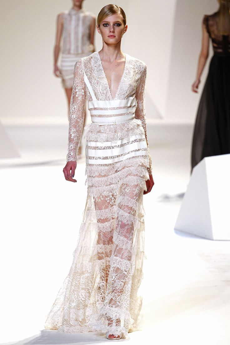 Elie Saab Spring 2013 Ready-to-Wear Collection Photos - Vogue