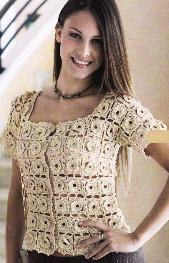 Блуза из кружевных розеток