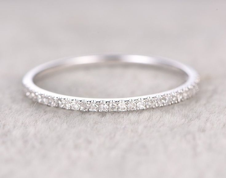 25 Carat semi eternity Wedding Ring Band for Women in White Gold
