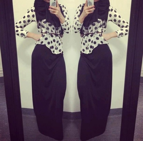 Polkadots and hijab.. Genious combination!!