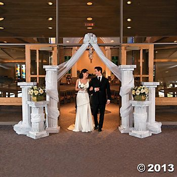 pictures of wedding pillars decorated | Wedding Columns - Oriental Trading- great use of pillars