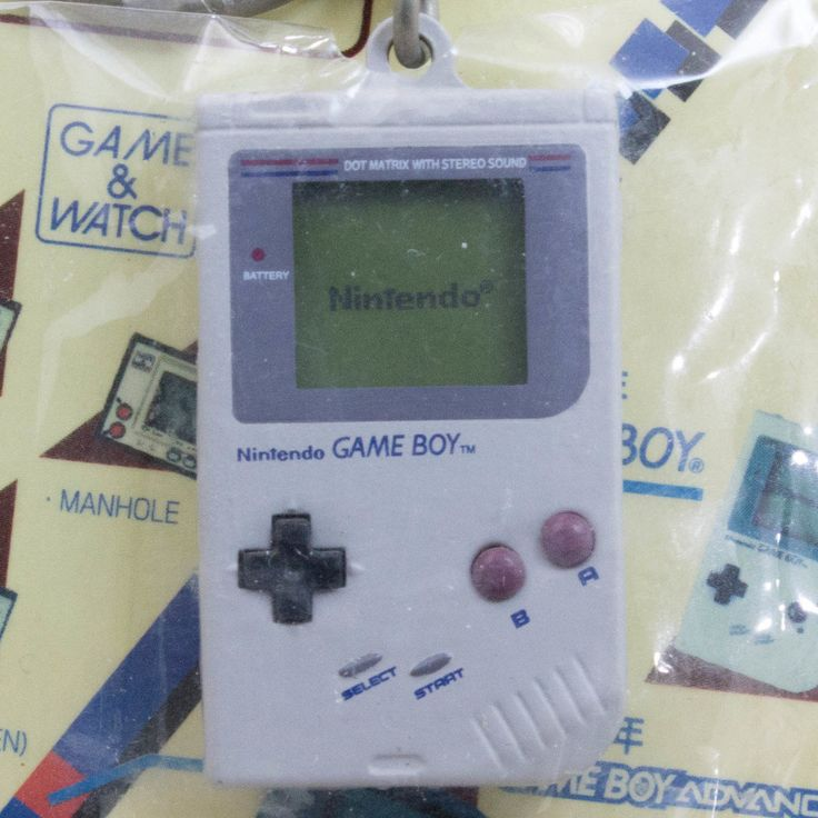 Nintendo Game Console History Miniature Figure Key Chain Game Boy 1989