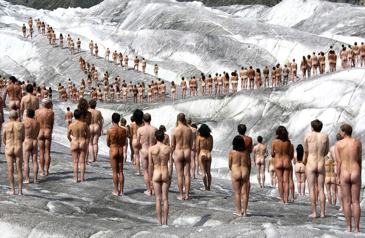 """The Naked World of Spencer Tunick - You look at all these bodies, and it becomes clear- male, female, short, tall, different skin colors and weights- """"The little stupid differences are nothing next to the big stupid similarities!"""" The next time you feel weird about your body, don't. It's not really weirder than anyone else's. Click through is NSFW due to non-sexual artistic nudity."""