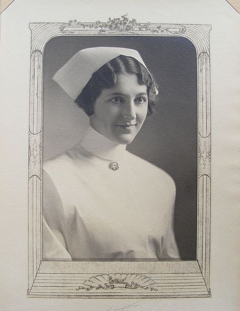 Early Good Samaritan Hospital Training School for Nurses Graduate Photograph
