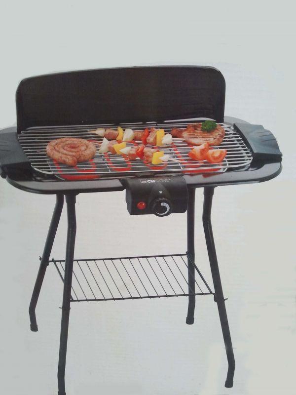 Location Barbecue électrique à Halluin (59250). Barbecue sur pied, usage intérieur/extérieurspécialement conçu pour faire griller sans feu ni fuméeThermostat à réglage progressif avec lampe témoinDimension : 60 x 38 cm
