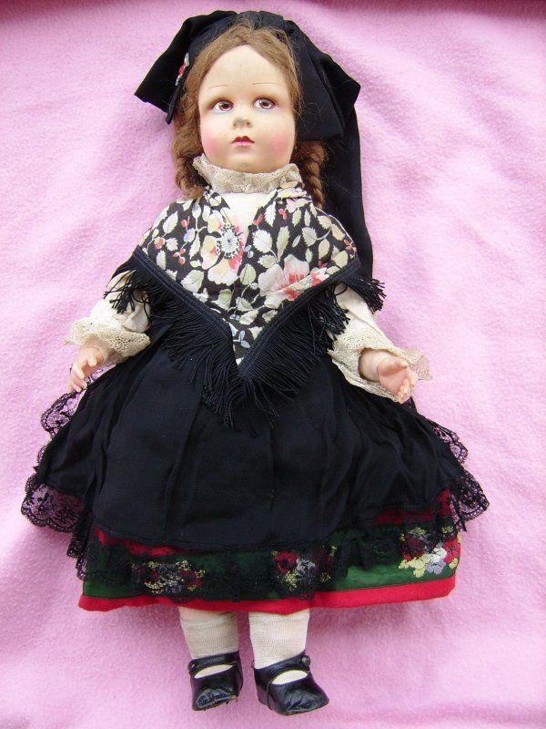 Ancienne poupée RAYNAL en feutre pressé, corps en tissu , mains en celluloid : L'Alsace est à l'honneur :D