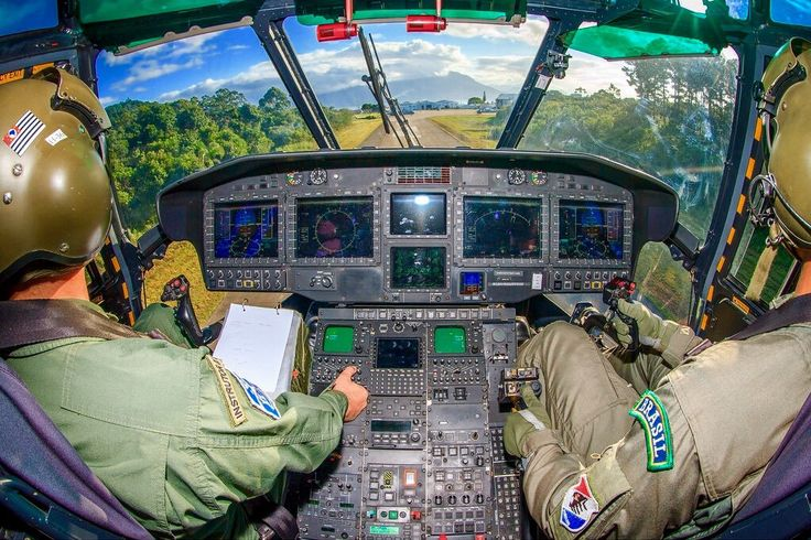 Inside the cockpit of a Brazilian Air Force H-36 (EC-725) Caracal transport helicopter [1024 x 682]