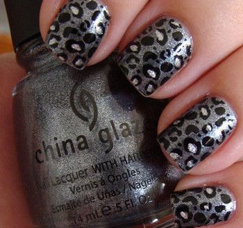 Silver leopard nails
