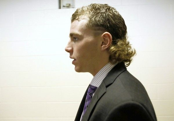 Chicago Blackhawks Patrick Kane bringing back the mullet with style!