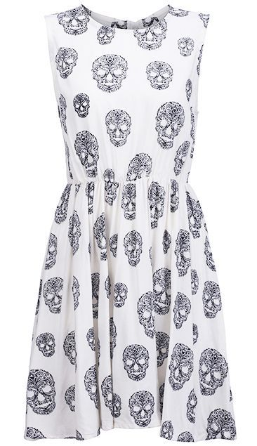 I love this style of dress! Simple but still dressy. Minus the skulls though!