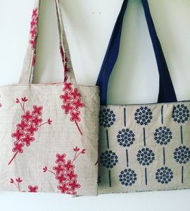 Hmm, what to do with awesome Thea and Sami tea-towels that are just too pretty and cute to use as tea towels? Well upcycle into totes of course! Quick, easy and look fantastic!