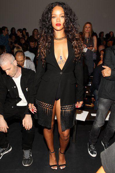 Altuzarra - Front Row - Mercedes-Benz Fashion Week - September 6, 2014 - 002 - Rihanna Daily Photo Gallery - 24/7 Source for Miss Rihanna